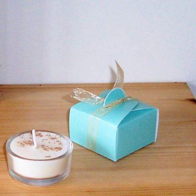 Jasmine and nutmeg tea light