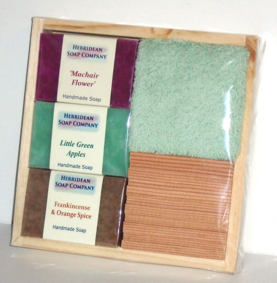 Pine soapdish and Facecloth Set
